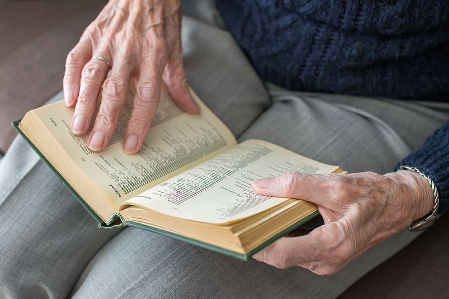 La educación, una ventana a las personas mayores durante el confinamiento